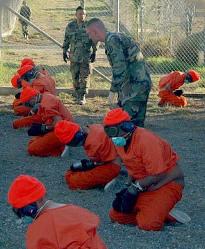 Vězení na americké základně Guantánamo (leden 2002)