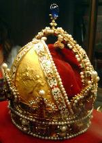 Císařská koruna Rudolfa II., autor snímku: David Monniaux, licence CC BY-SA 3.0