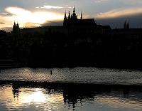 prazsky-hrad-zapad-slunce